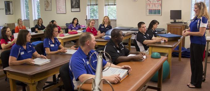 Physical Therapist Assistant subjects to study in college