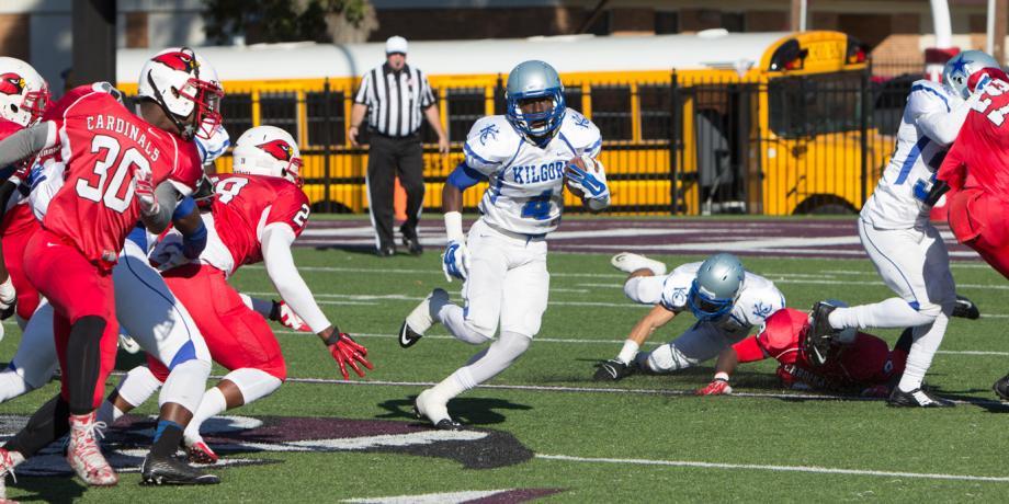 Jeremiah Baines running the ball
